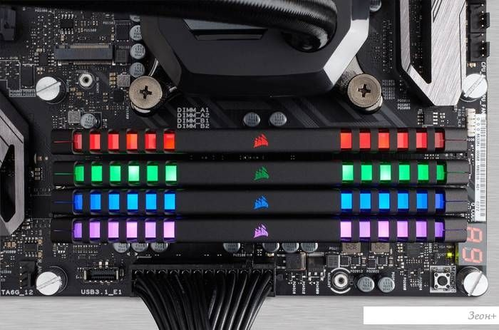 Оперативная память Corsair Vengeance RGB 4x8GB DDR4 PC4-24000 [CMR32GX4M4C3000C15]